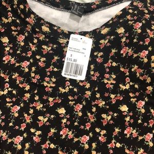 Forever 21 Floral Long Sleeve crop top